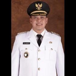 Dr. Tri Adhiyanto